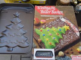 Foto 10 Kiste Weihnachtsdekoration + 1 Krippe mit Figuren + 1 Spieluhr u.v.m