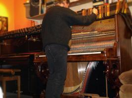 Foto 5 Klavierstimmer Berlin - bietet Klavier - stimmung ab 50.- Euro