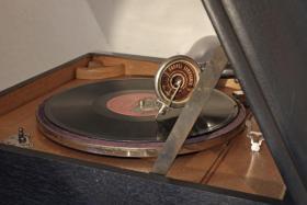 Foto 2 Klingsor Grammophon restauriert ca. 1925-1935