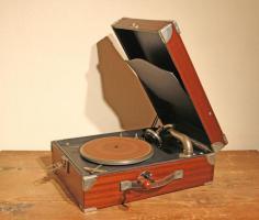 Koffergrammophon England ca. 1930