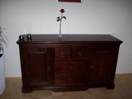 kommode sideboard kolonialstil in marchtrenk von privat. Black Bedroom Furniture Sets. Home Design Ideas