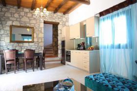 Foto 7 Kreta, Luxuriöse Stein-Villa in kretischen Ambiente mit imposantem Meerblick