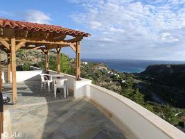 Ausblick von der Terrasse der Villa Xilo (lux)