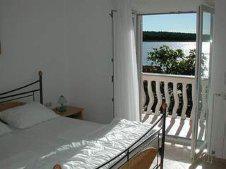 Foto 6 Kroatien Urlaub Appartement mit Pool am Badestrand
