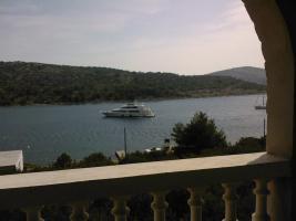 Foto 10 Kroatien insel Kaprije, Wohnungen-Unterkunft 12 Eur Pers/Strand+Liegenplatz fur Ihr Boot , Halbpension .