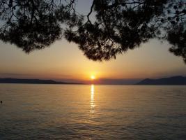Der Sonnenuntergang in Makarska