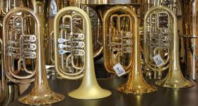 Foto 2 Kühnl & Hoyer Profiklasse Basstrompete in Bb, weite Bauart, Neuware
