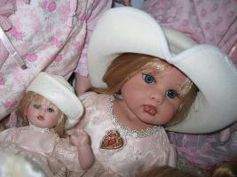 Künstlerpuppe Puppe limitiert Zertifikat NEU im Karton