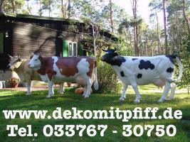 Kuh als Gartendekoration