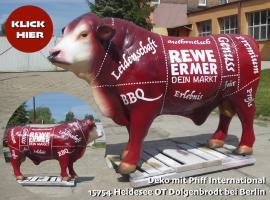 Foto 6 Kuh Pferd Bulle uvm. als Attrappe  … www.dekomitpfiff.ch