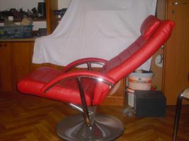 Foto 3 Kunstledersessel mit Hocker - rot - sehr guter zustand