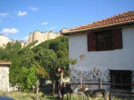 LANDHÄUSCHEN  IN TOP-LAGE IN BULGARIEN