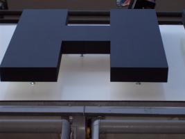 Foto 3 LED, Buchstaben, Einzelbuchstaben, Profilbuchstaben, Werbebuchstaben, Plexibuchstaben,