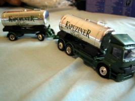 Foto 3 Lastwagensammlung mit 11 Lastwagen Biertransporter