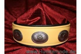 Foto 3 Lederhalsbänder nach Kundenwunsch maßgefertigt