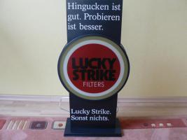 Foto 2 Lucky Strike Werbeschild