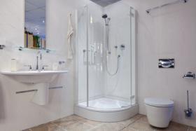 Foto 2 Luxushotel Waldhof mit Lovesuite + eigener Saunaanlage