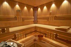 Foto 6 Luxushotel Waldhof mit Lovesuite + eigener Saunaanlage