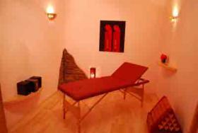 MASSAGERÄUME: Stundenzimmer für Massagen u.a. Einzelbehandlungen zu mieten