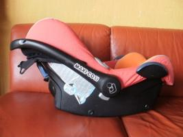 maxi cosi babyschale cabriofix easyfix ece r44 04. Black Bedroom Furniture Sets. Home Design Ideas