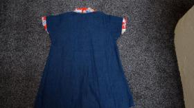 Foto 4 Mädchenkleid aus Jeansstoff, Gr. 98, Bärchen-Applikation, neu