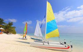 Foto 3 Malediven Frühbucherangebote Insel Holiday Island Resort