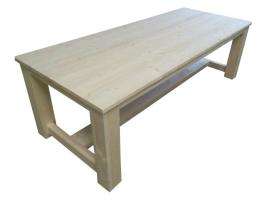 Massiver Esstisch aus Holz