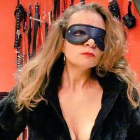 Maxxxi   ( BDSM Partnerbörse )