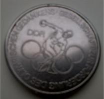 Foto 3 Medaille und Münze