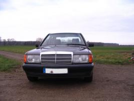 Foto 2 Mercedes Benz W201 190 E 1.8 Limousine Bornitmetallic Bj 07/92 95 tkm Modellpflege