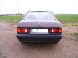 Foto 9 Mercedes Benz W201 190 E 1.8 Limousine Bornitmetallic Bj 07/92 95 tkm Modellpflege