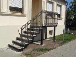 Foto 4 Metalltreppen aus Polen, Stahltreppen, Zaune, Gelander