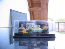 "Foto 2 Michael Schumacher Collection Edition 64 Nr.1"" der Benetton Ford B192."