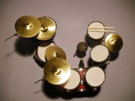 Foto 2 Mini Drum kit Yamaha (dunkel-rot)
