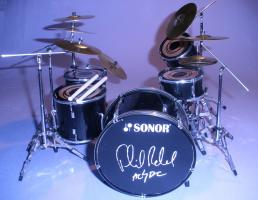 Mini Drum kit - Phil Rudd - AC/DC