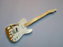 Miniaturgitarre – Fender 69 Thinline Flame Telecaster