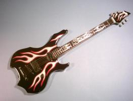 Miniaturgitarre – Flame Baritone George Lynch