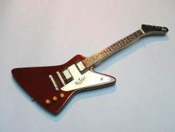Miniaturgitarre – Gibson Explorer – dark-red