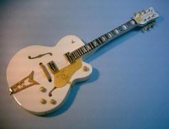 Miniaturgitarre – Gretsch 55 White Falcon – John Frusicante