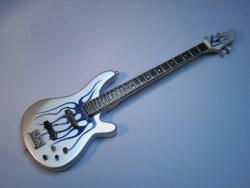 Miniaturgitarre – Metallica Robert Trujillo 5-string Bass - Blue Flames