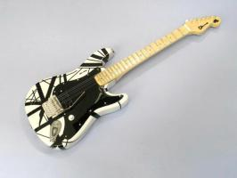 Miniaturgitarre – MusicMan Eddie Van Halen VH1