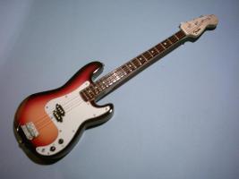Miniaturgitarre – Precision Bass - Sunburst