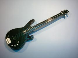 Miniaturgitarre – Rammstein – Oliver Riedel Terrabass