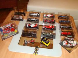 Modellautos verschiedene und Flieger aus Metall
