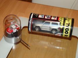 Foto 5 Modellautos verschiedene und Flieger aus Metall