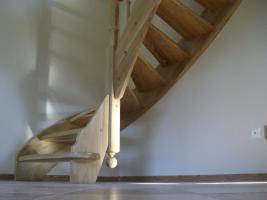 Foto 10 Montage, Treppe, Holztreppe, Massivholztreppe, Innentreppe, Treppe aus Polen , Polnische Treppe, Treppenhaus, Treppe aus Holz