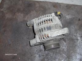 Foto 5 Motor 2,0 16 V Top Zustand und andere Teile für Nissan Primera P 10