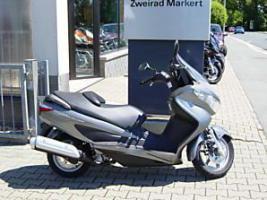 Motorroller Suzuki UH 200 Burgman