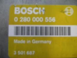 Motorsteuergerät Bosch Nr. 0280 000 556/ Benzinpumpenrelais Nr. 3523639 grün