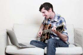 Foto 4 Musikunterricht online via Skype in der Musikschule Online.
